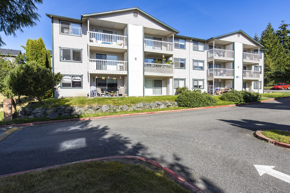 144-unit Bremerton, WA Apartment Community Acquired By New Standard Equities For $20,000,000